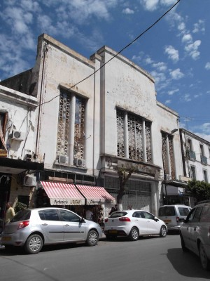 Algers - Old cinema in bellecourt