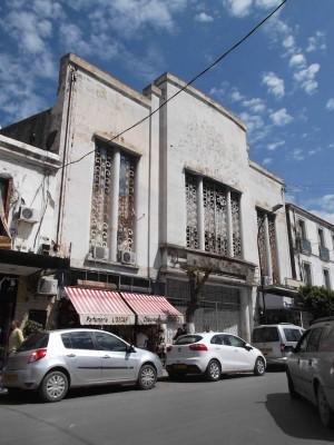 Algers - Old cinema in bellecourt